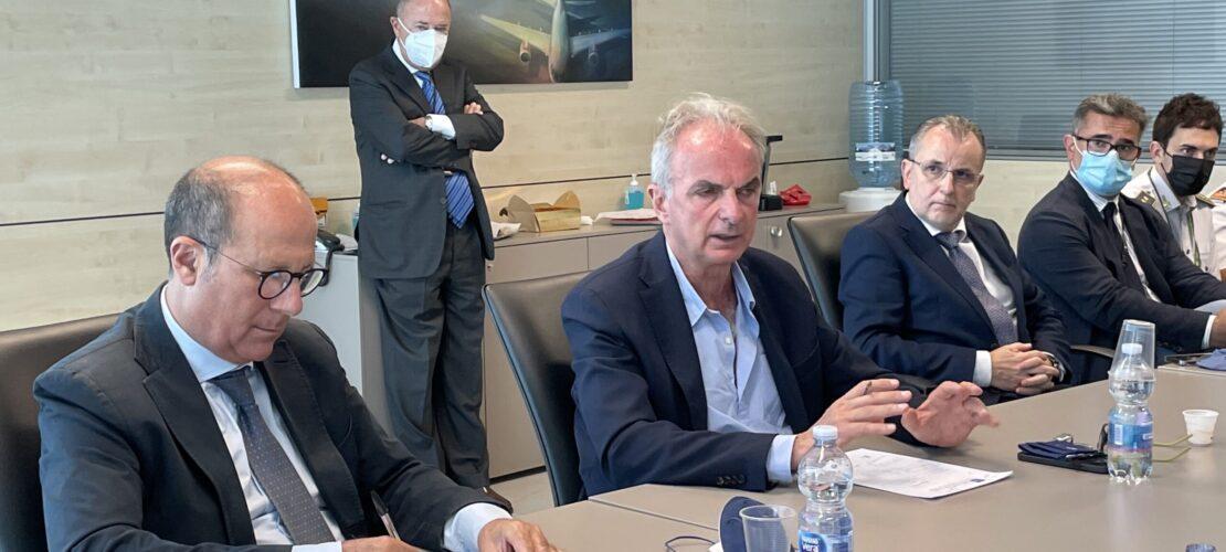 """Il presidente dell'Enac Pierluigi Di Palma in visita all'aeroporto di Comiso:  """"La rete con Catania per fondare l'hub del Mediterraneo"""""""